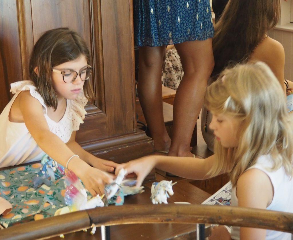 calmer un enfant pendant la messe
